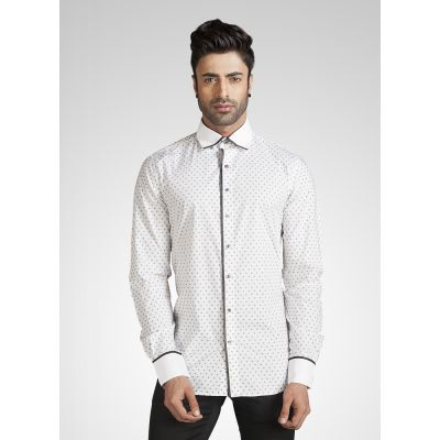 Men White Slim Fit Casual Shirt