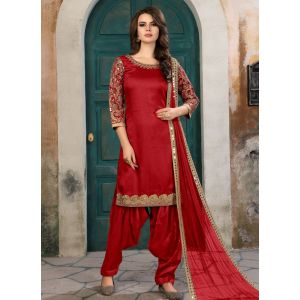 Red color Patiyala Suita-Silk Salwar Kameez